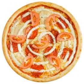 Пицца с курицей и пепперони (с пышным краем)
