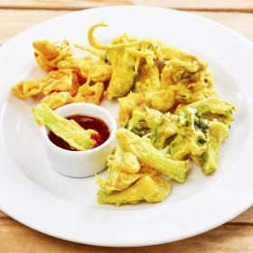 ПОСТНОЕ МЕНЮ: Овощи в кляре со сладко-острым соевым соусом