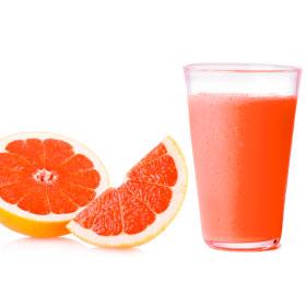 Свежевыжатый грейпфрутовый сок