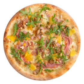 Пицца с индейкой, апельсином и орешками кешью  тонкая